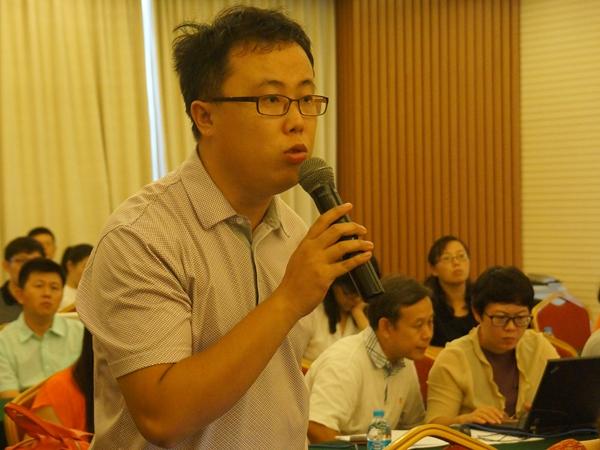 文化部于2014年8月20日上午10时举行季度例行新闻发布会,介绍有关工作情况。图为新京报记者提问。文化部政府门户网站记者马思伟 摄。