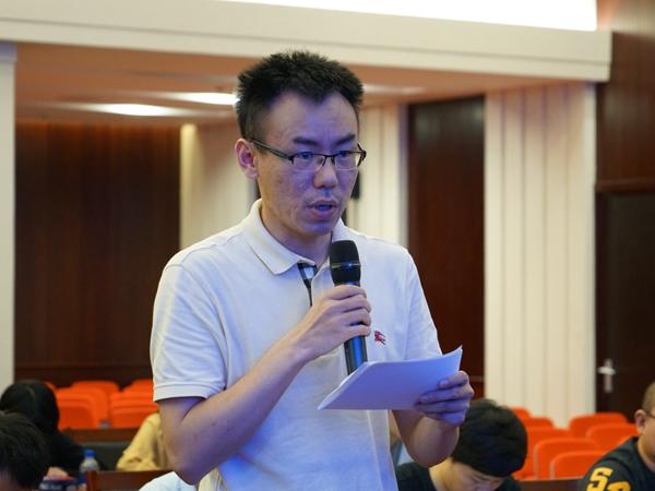 2019年9月10日上午10:00,文化和旅游部召开新闻发布会介绍第七届中国成都国际非物质文化遗产节相关情况。图为新华社记者提问。文化和旅游部政府门户网站记者杨倩 摄。